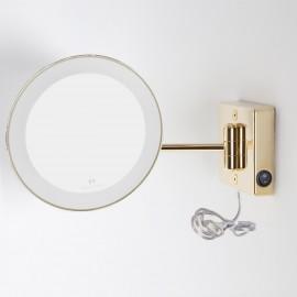 Specchio ingranditore x2 tondo da parete oro Ø23.1 Braccio, Illuminazione a LED. Alimentazione esterna con spina.