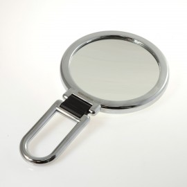 Specchio cromato bifacciale con ingrandimento, manico pieghevole.Ingrandimento x6 Ø14cm.