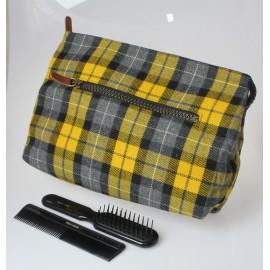 Beauty in tessuto di lana scozzese