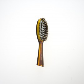Spazzola pneumaica ovale pccola con ciuffi di setola di cinghiale e picco interno in nylon.