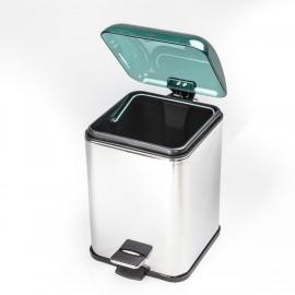 Gettacarta KARTA con coperchio con apertura a pedale. Coperchio verde trasparente e corpo cromo.