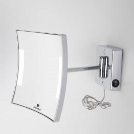 Specchio ingranditore x3 quadrato da parete cromo.1 Braccio. Illuminazione a LED.Alimentazione esterna con spina.
